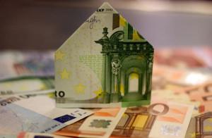 Domeček z peněz